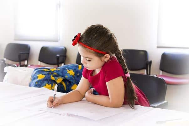 Lucrurile importante pe care le poate învăța copilul tău înainte de 10 ani