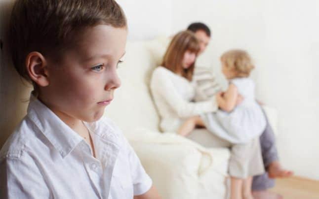 6 comportamente toxice de care părintii nu sunt conștienți
