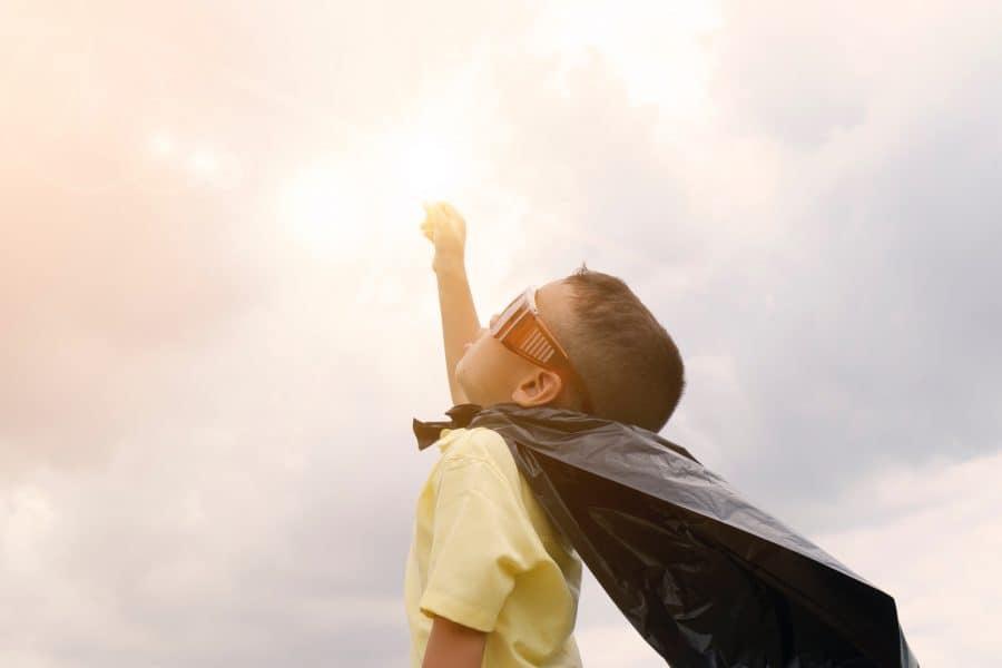 9 reguli de care să ții cont pentru a crește copii puternici