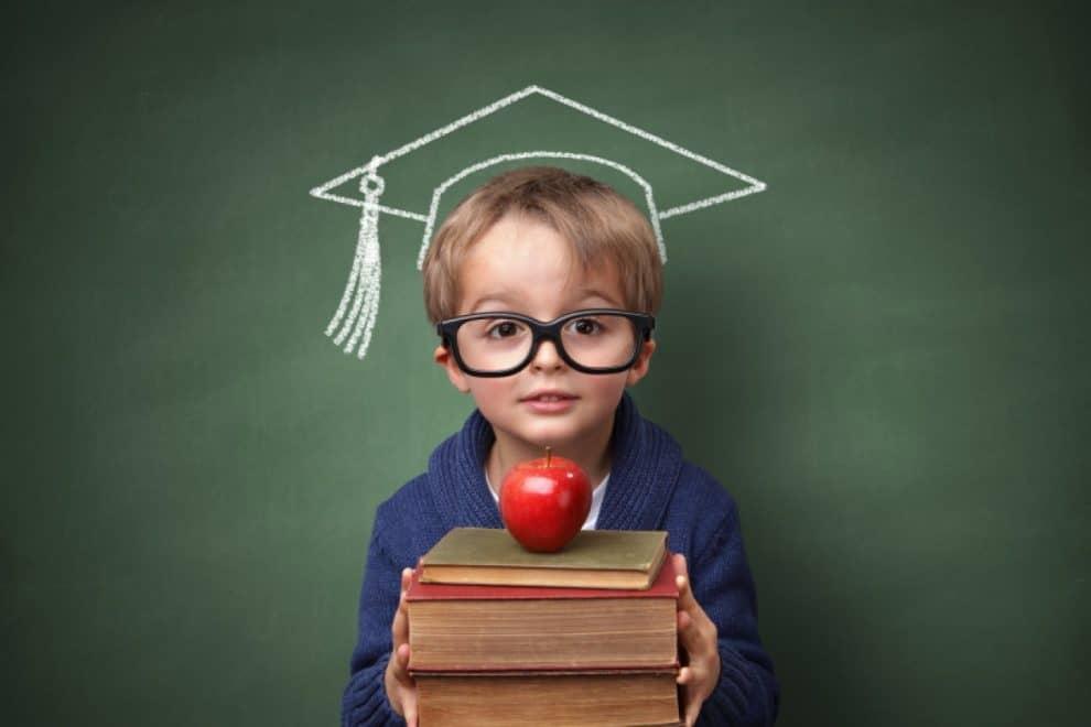 6 trucuri  la care poți apela pentru a avea un copil mai curios